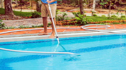 Pools Cleaning Maintenance